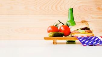 Concept de restauration rapide avec surface à gauche