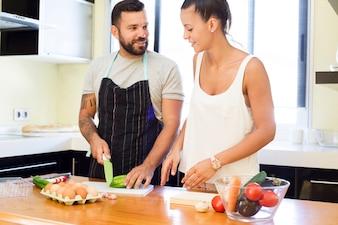 Couple, coupe, légume, cuisine