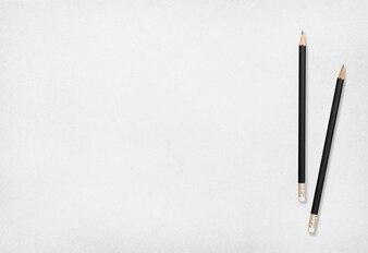 Crayon et papier.