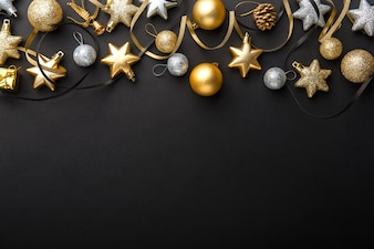 Déco de Noël en argent doré sur fond noir
