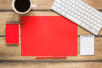 Espace de travail avec liste vide colorée