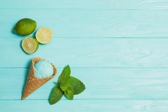 Glace entre citron vert et menthe