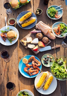 Gros plan de nourriture dans la fête