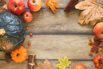Légumes et fruits sur planche de bois