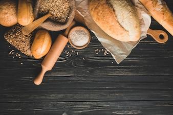 Mains saines de pain d'or