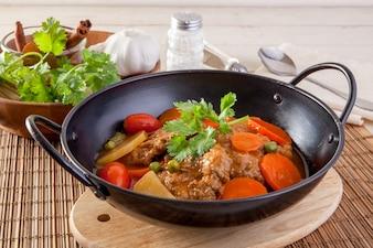 Ragoût de légumes et de porc