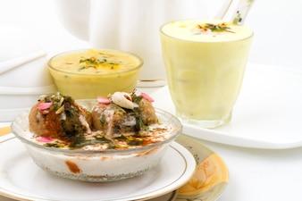 Restaurant de cuisine indienne traditionnelle Lassi Rabri Dahivada