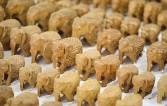 Statue de petit groupe d'éléphants
