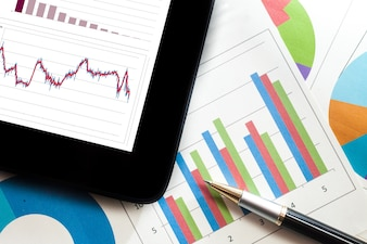 Tablette graphique et tableaux financiers