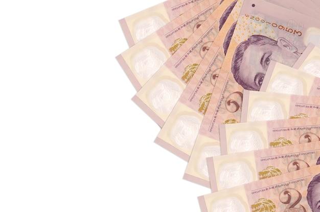 2 banconote in dollari di singapore si trova isolato sulla parete bianca con lo spazio della copia. . grande quantità di ricchezza in valuta nazionale