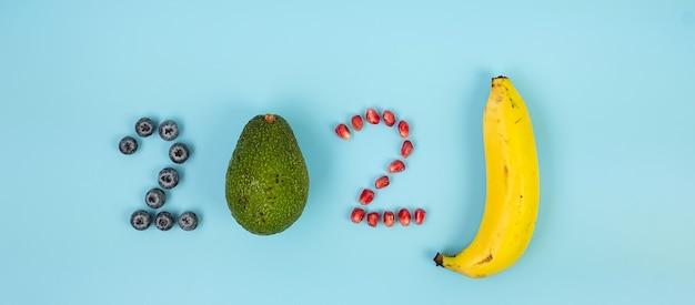 2021 felice anno nuovo e nuovo tu con i frutti