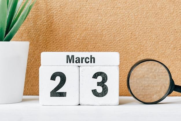 23 ventitreesimo giorno di marzo sul calendario