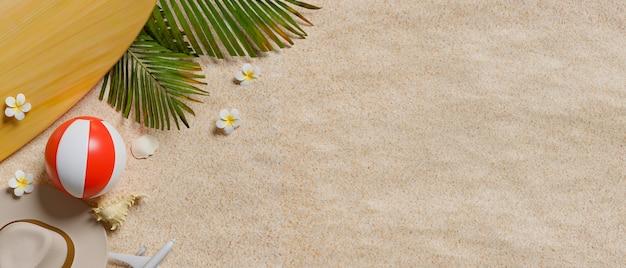 Rendering 3d, vista dall'alto della spiaggia sabbiosa con palla, cappello, tavola da surf e copia spazio, concetto di spiaggia estiva, illustrazione 3d