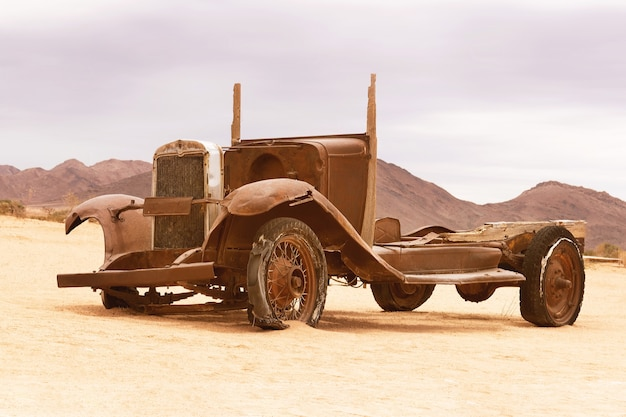 Abbandonata, vecchia auto da solitaire, namibia