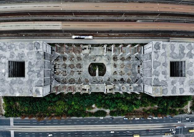 Stazione ferroviaria abbandonata viet dal drone