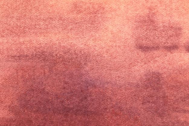 Arte astratta sfondo rosso scuro e colori rosa. dipinto ad acquerello su tela con sfumatura vino tenue. frammento di opera d'arte su carta con motivo rosa chiaro. sfondo texture.