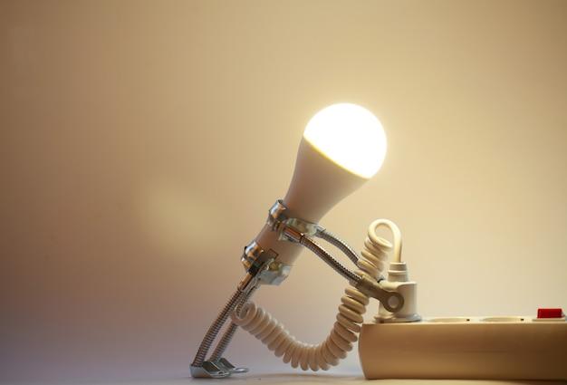 Sfondo astratto del concetto di idee creative da lampadina