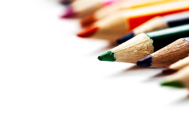Sfondo astratto dalle matite colorate