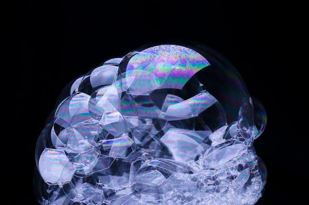 Struttura della schiuma saponosa bianca del fondo astratto. shampoo schiuma con bolle