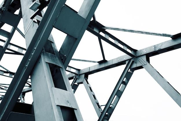 Fondo blu astratto di architettura del metallo