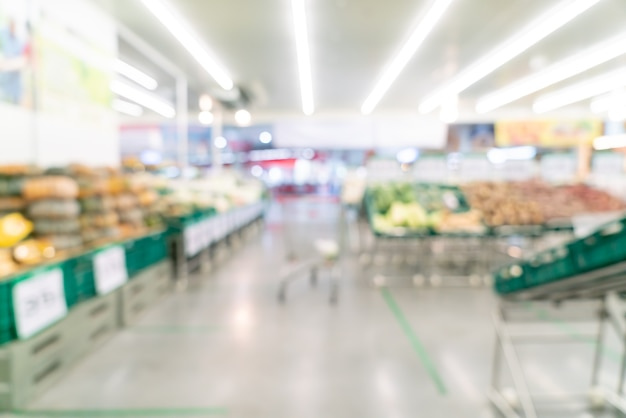 Sfocatura astratta e supermercato sfocato per lo sfondo