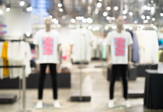 Astratto sfondo sfocato di abbigliamento maschile del negozio di moda