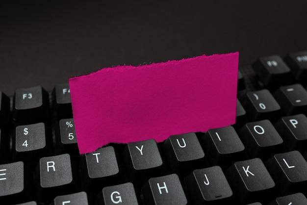 Abstract creazione di servizi di digitazione online, apprendimento di codici di programmi per computer, attività di siti web sicuri, strumento di scrittura moderno, idee per la raccolta di informazioni, connessioni globali