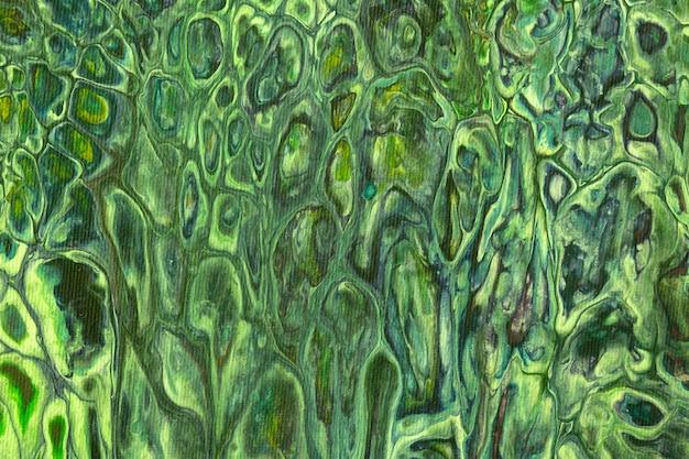 Astratto sfondo arte fluida o liquida colori verde scuro e oliva. pittura acrilica con sfumatura e schizzi cachi.