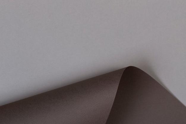 Parete di carta di colore marrone grigio di forma geometrica astratta