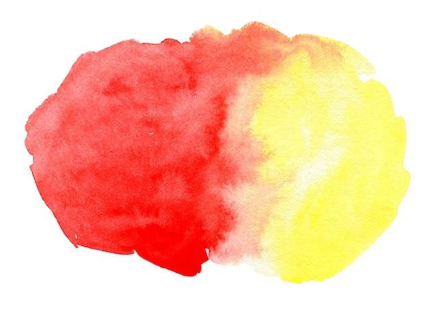 Spruzzata astratta dell'acquerello rosso e giallo sfumato su sfondo bianco