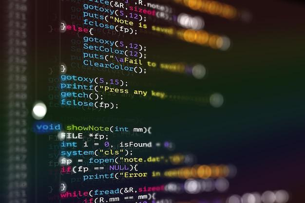 Abstract moderna tecnologia di programmazione dello sviluppatore dello schermo del codice c linguaggio di programmazione dello script del computer
