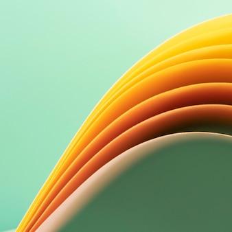 Strati di pagina astratti su sfondo verde