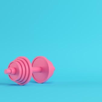 Manubrio rosa astratto su sfondo blu brillante