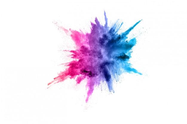 La polvere astratta ha splatted il fondo. esplosione di polvere colorata su sfondo bianco.