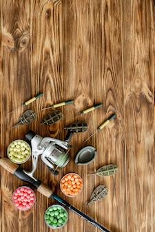 Accessori per la pesca alla carpa e esche da pesca su assi di legno con spazio di copia