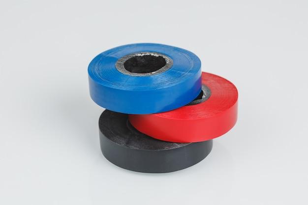 Nastri adesivi isolanti o rotoli di nastro adesivo in plastica, parete grigia