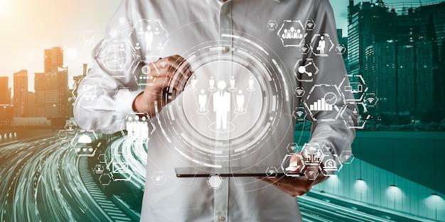 Comunicazione avanzata e connessione di rete internet globale in smart city