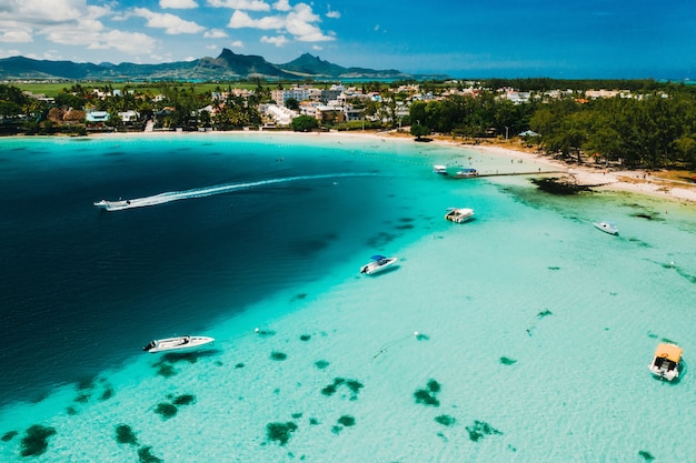 Fotografia aerea della costa orientale dell'isola di mauritius