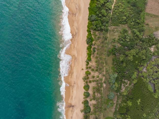 Vista aerea di tangalle beach sri lanka dall'alto