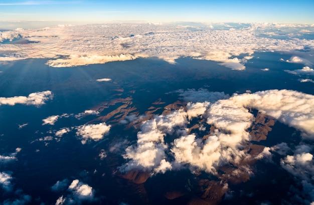 Vista aerea delle montagne delle ande in perù