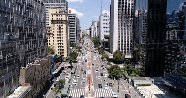 Vista aerea di avenida paulista (viale paulista) nella città di sao paulo, brasile.