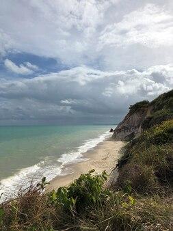 Veduta aerea della spiaggia alagoas brasile