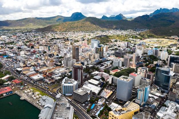Vista aerea della città di port-louis, mauritius, africa.