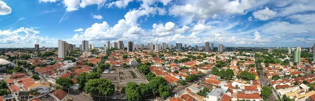 Veduta aerea della città
