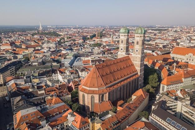 Vista aerea della frauenkirche a monaco di baviera, germany