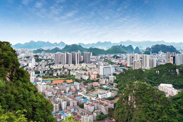 Vista aerea della città di liuzhou, guangxi, cina