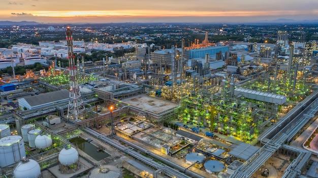 Raffineria di petrolio di vista aerea, impianto di raffineria