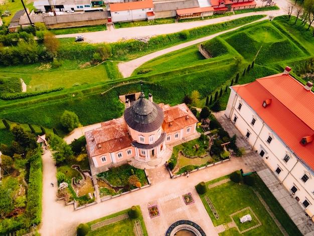 Veduta aerea del vecchio castello