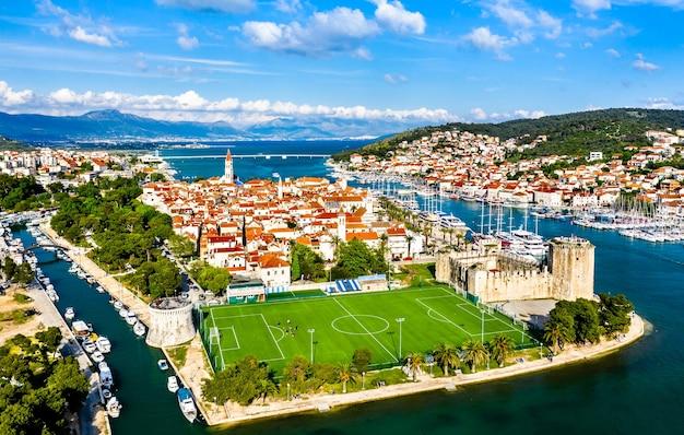 Veduta aerea di trogir. in croazia