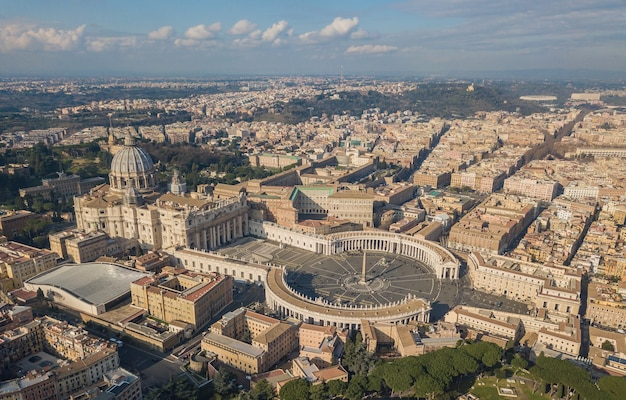 Vista aerea della città del vaticano, roma, italy